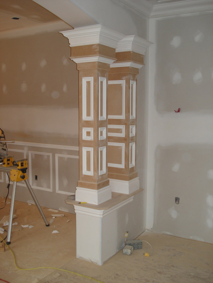 Interior columns and pillars pictures of interior designs for Interior columns design ideas